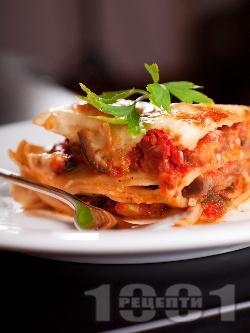 Вегетарианска лазаня с патладжан, сирене моцарела и бешамелов сос - снимка на рецептата